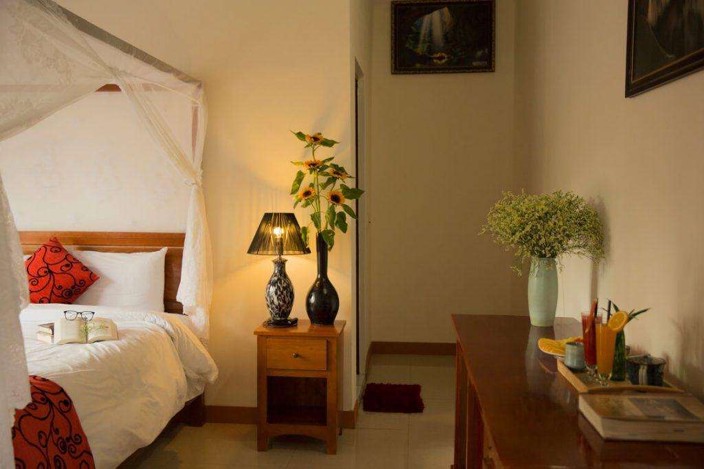 Room-6-5-1024x682